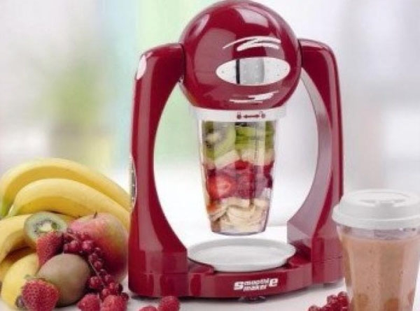 «Смуфи Мэйкер Рэд» (Smoothie Maker Red) миксер-блендер с бананами